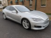 2015_Tesla_Model S_70D_ Knoxville TN