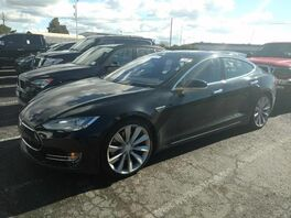2015_Tesla_Model S_85_ Hollywood FL