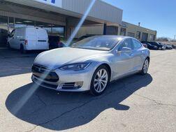 2015_Tesla_Model S_85D_ Cleveland OH