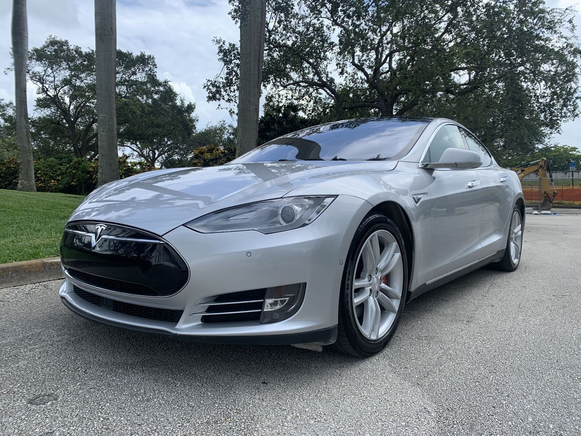 2015 Tesla Model S P85D Sedan 4D Hollywood FL
