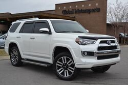 Toyota 4Runner Limited/4X4/Tow Pkg/3rd Row Seating/Nav/Rear Cam/Heated&Cooled Seats/Roof/Parking Sensors/Smart Key System 2015