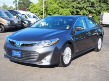 2015_Toyota_Avalon Hybrid__ Salem OR
