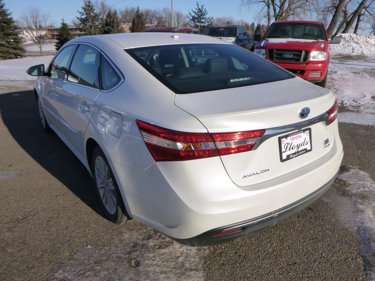 2015 Toyota Avalon Hybrid XLE Touring Jamestown ND