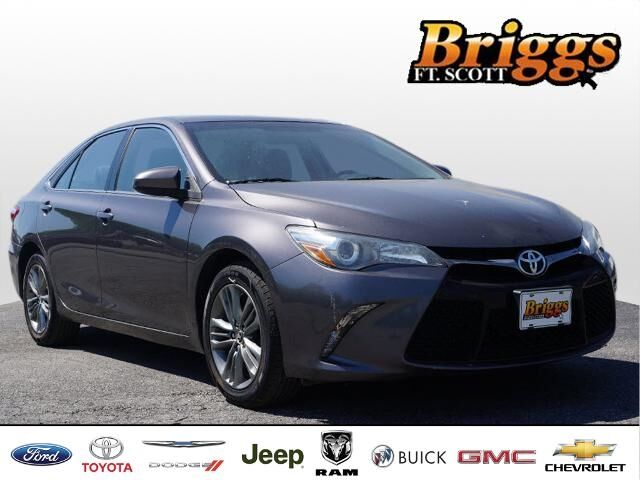 2015 Toyota Camry 4dr Sdn I4 Auto LE Fort Scott KS