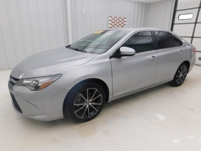 2015 Toyota Camry 4dr Sdn I4 Auto LE