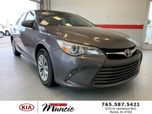 2015 Toyota Camry 4dr Sdn I4 Auto LE Muncie IN