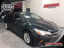 2015_Toyota_Camry Hybrid_LE_ Decatur AL