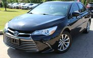 2015 Toyota Camry Hybrid XLE - w/ BACK UP CAMERA & LEATHER SEATS