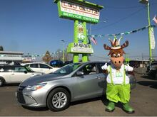 2015_Toyota_Camry_LE_ Eugene OR