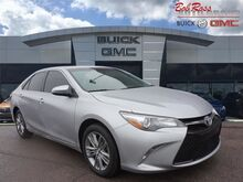 2015_Toyota_Camry_SE_ Centerville OH