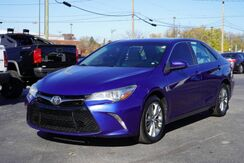 2015_Toyota_Camry_SE_ Fort Wayne Auburn and Kendallville IN