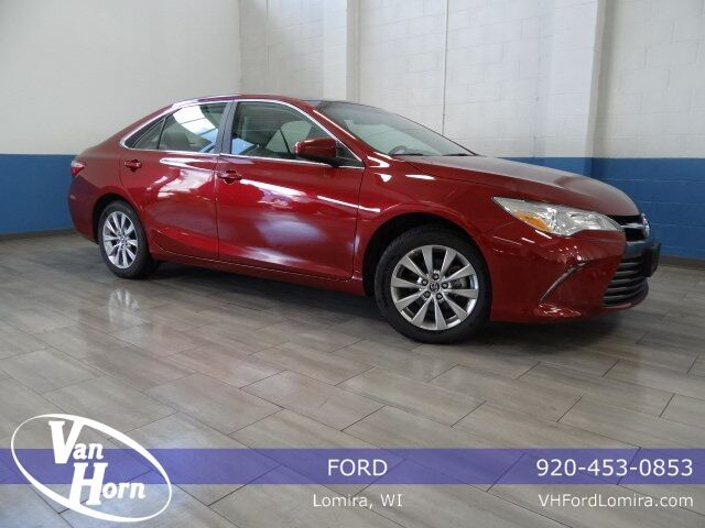 2015 Toyota Camry XLE Plymouth WI
