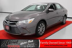 2015_Toyota_Camry_XLE_ St. Cloud MN