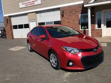 2015_Toyota_Corolla_LE_ East Windsor CT