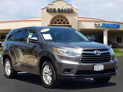 2015_Toyota_Highlander_LE_ Carlsbad CA
