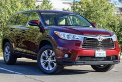 2015_Toyota_Highlander_LE V6_ California