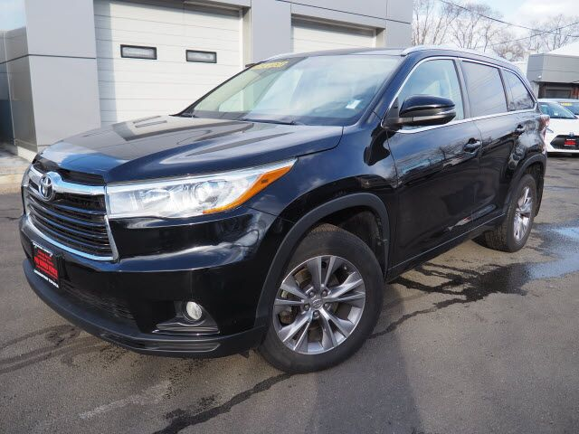 2015 Toyota Highlander XLE Lexington MA