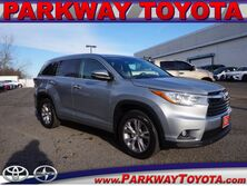 Toyota Highlander XLE Englewood Cliffs NJ