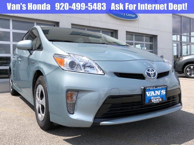 2015 Toyota Prius Three Green Bay WI