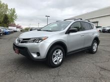 2015_Toyota_RAV4_LE_ Englewood Cliffs NJ