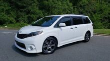 2015_Toyota_SIENNA_SE / V6 / AUTO / SUNROOF / 3-ROWS / HTD STS / CAMERA_ Charlotte NC