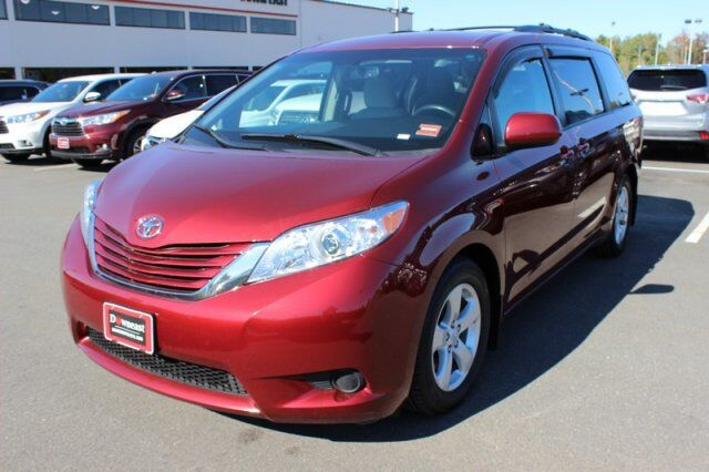 2015 Toyota Sienna LE Brewer ME
