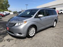 2015_Toyota_Sienna_LE_ Englewood Cliffs NJ