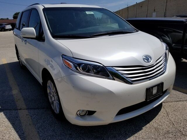 2015 Toyota Sienna Limited Premium Plymouth WI