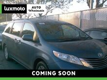 2015_Toyota_Sienna_XLE Blind Spot Assist Back-Up Cam Heated Seats_ Portland OR