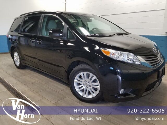 2015 Toyota Sienna XLE Plymouth WI