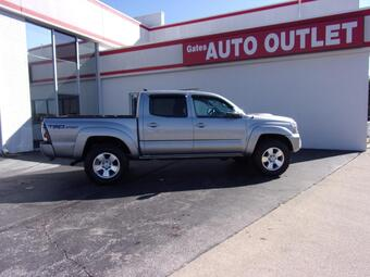 2015_Toyota_Tacoma__ Richmond KY
