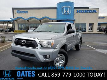 2015_Toyota_Tacoma_4WD Access Cab V6 AT_ Richmond KY