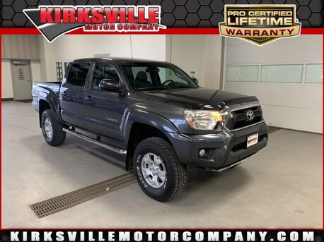 2015_Toyota_Tacoma_BASE 4WD Double Cab V6 AT_ Kirksville MO