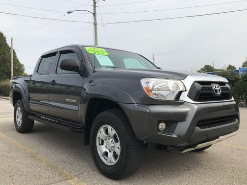 2015_Toyota_Tacoma_Double Cab V6 5AT 4WD_ Frankfort KY