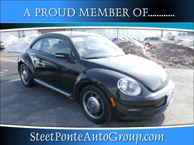 2015 Volkswagen Beetle 1.8T Classic PZEV Yorkville NY