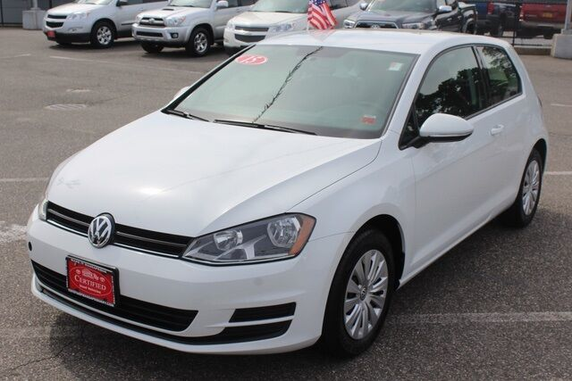 2015 Volkswagen Golf Launch Edition 2-Door Seaford NY