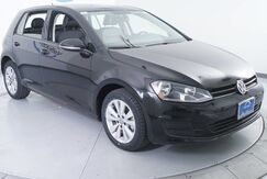 2015_Volkswagen_Golf_TDI S_ Paris TX