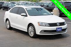 2015_Volkswagen_Jetta_1.8T SE w/Connectivity_ Green Bay WI