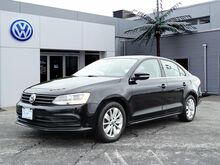 2015_Volkswagen_Jetta Sedan_1.8T SE w/Connectivity_ Providence RI