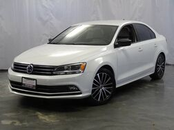 2015_Volkswagen_Jetta Sedan_1.8T SE w/Connectivity/Navigation_ Addison IL
