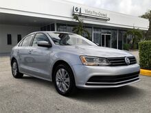2015_Volkswagen_Jetta Sedan_1.8T SE_ Coconut Creek FL