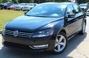 2015 Volkswagen Passat ** LIMITED EDITION ** - w/ BACK UP CAMERA & LEATHER SEATS
