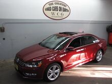 2015_Volkswagen_Passat_1.8T SE w/Sunroof & Nav_ Holliston MA