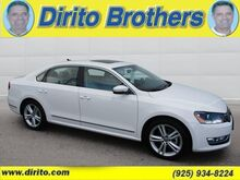 2015_Volkswagen_Passat 1.8T SE w/Sunroof & Nav P3363_1.8T SE w/Sunroof & Nav_ Walnut Creek CA