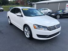 2015_Volkswagen_Passat_2.0L TDI SE w/Sunroof Watch Video Below!_ Georgetown KY