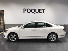 2015_Volkswagen_Passat_2.0L TDI SE w/Sunroof & Nav_ Golden Valley MN