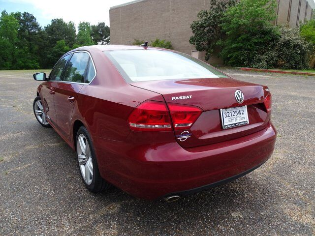 2015 Volkswagen Passat 2.0L TDI SE with Sunroof Longview TX
