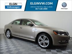 2015_Volkswagen_Passat_SEL Premium_ Elgin IL