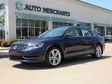 2015_Volkswagen_Passat_TDI SE 6A w/ Sunroof BACKUP CAM, HTD SEATS, BLUETOOTH, AUX INPUT, LEATHER STS, SAT RADIO_ Plano TX