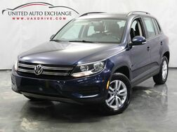 2015_Volkswagen_Tiguan_SE / 2.0L Turbocharged Engine / FWD / Bluetooth / Rear View Camera / Touch Screen Infotainment System_ Addison IL